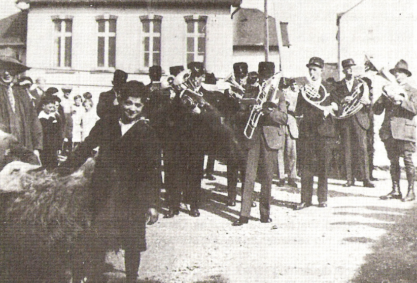 Der erste Himmelsmarsch 1933 leitete eine lange Kirmestradition ein.